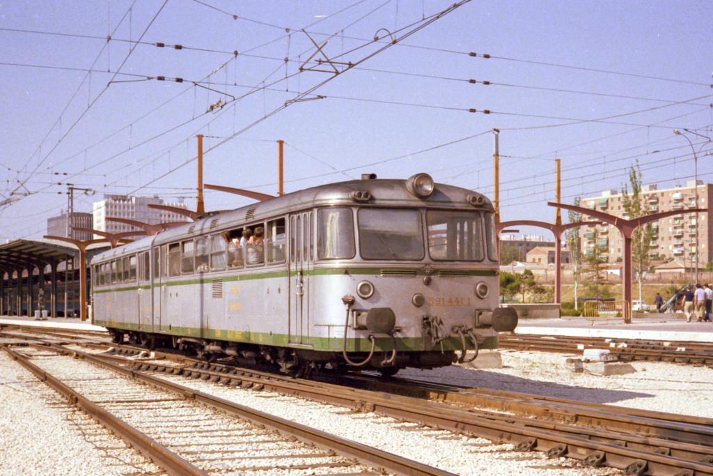 Ferrobus RENFE serie 591 a escala G Fer_5912