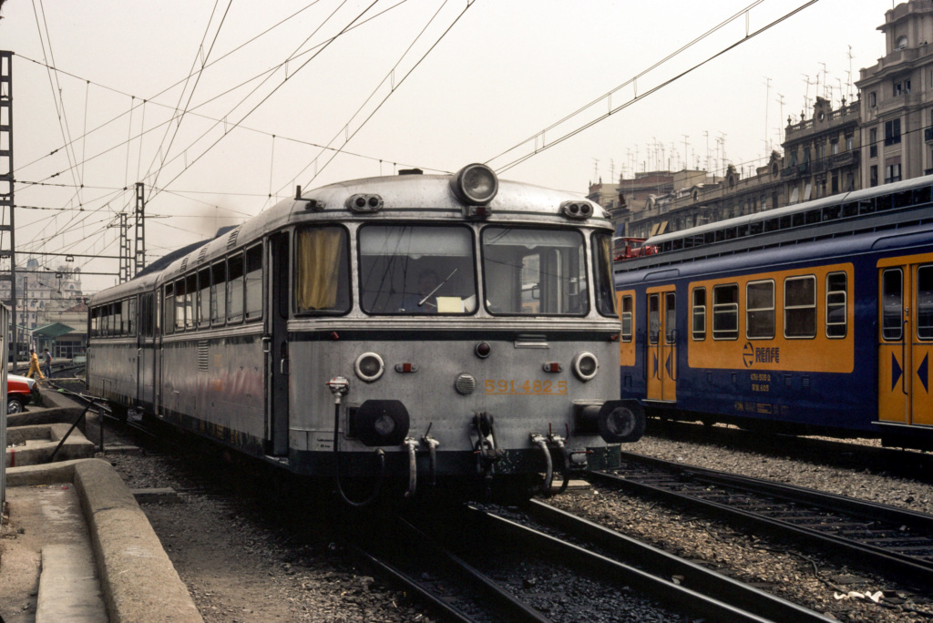 Ferrobus RENFE serie 591 a escala G Fer_5913