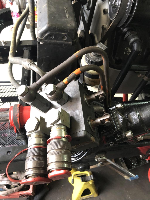 tuyaux rigide d'huile hydraulique  01a43b10