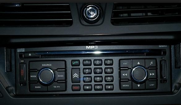 CAMBIO RADIO EN C4 DEL 2007 CON NAVEGADOR Equipo10