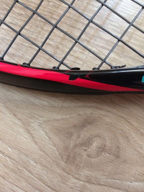 Graffio - Vernice raccheetta tennis Img_4712