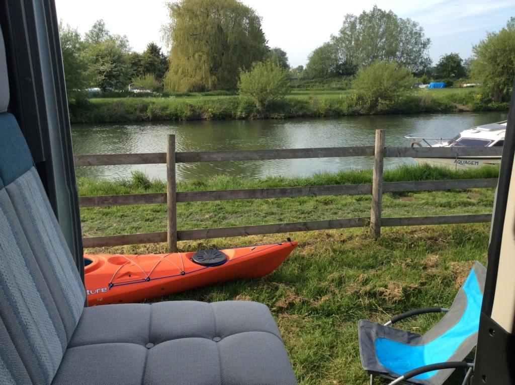 Girvan kayakers? 69d41a10
