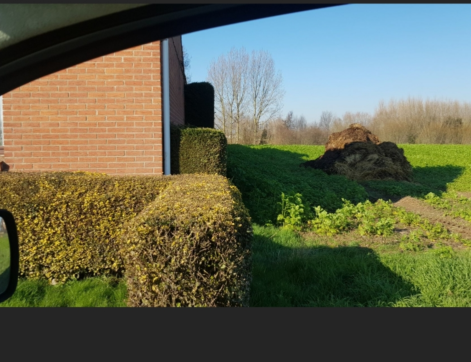 Un agri fait son tas de fumier à moins de 10 mètres d'une maison  - Page 2 20200214