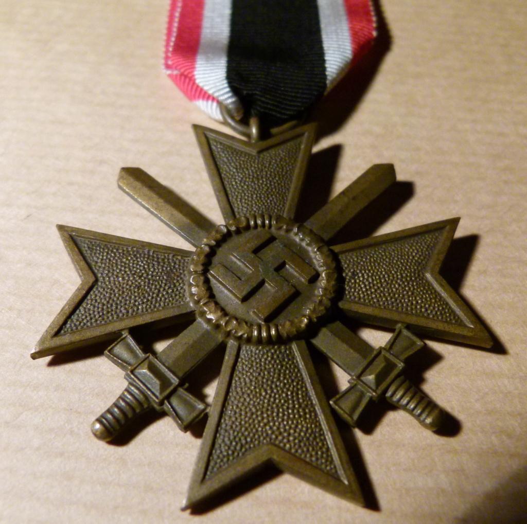 Authentification Kriegsverdienstkreuz 1939 avec glaives. P1060056