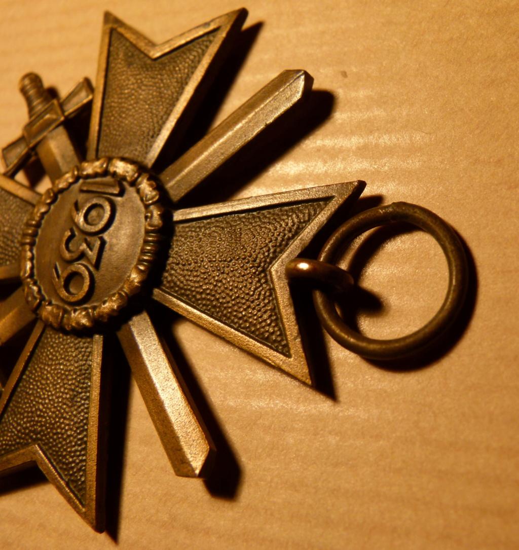 Authentification Kriegsverdienstkreuz 1939 avec glaives. P1060058