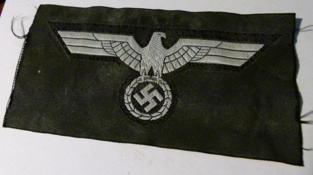 Authentification deux insignes tissus All WWII. P1060214