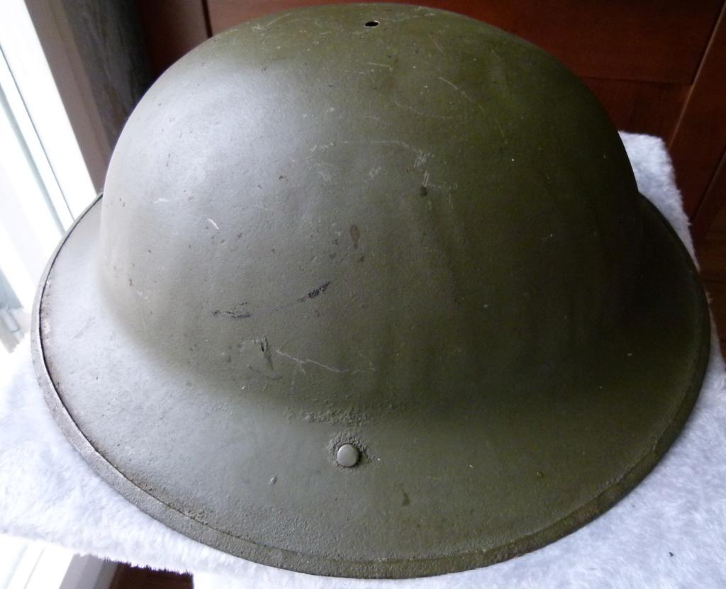 Marquage sur un casque Anglais. P1070317