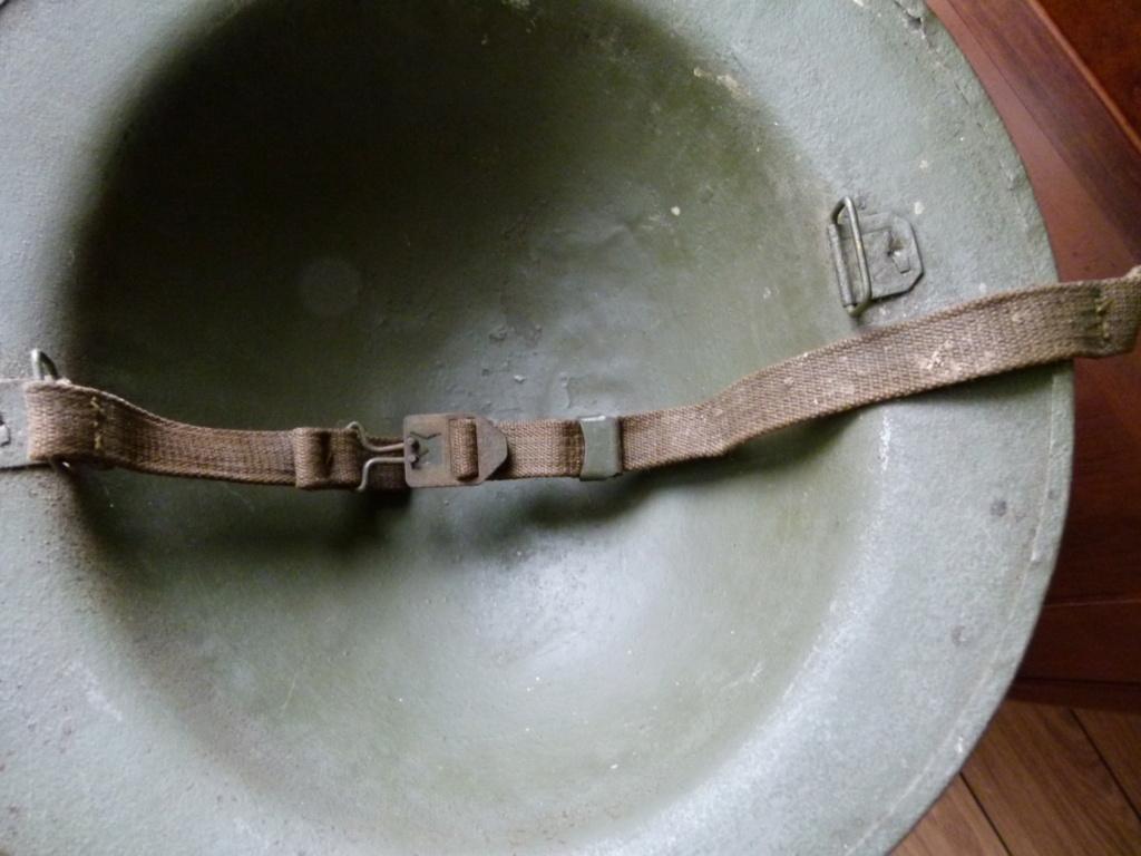 Marquage sur un casque Anglais. P1070357