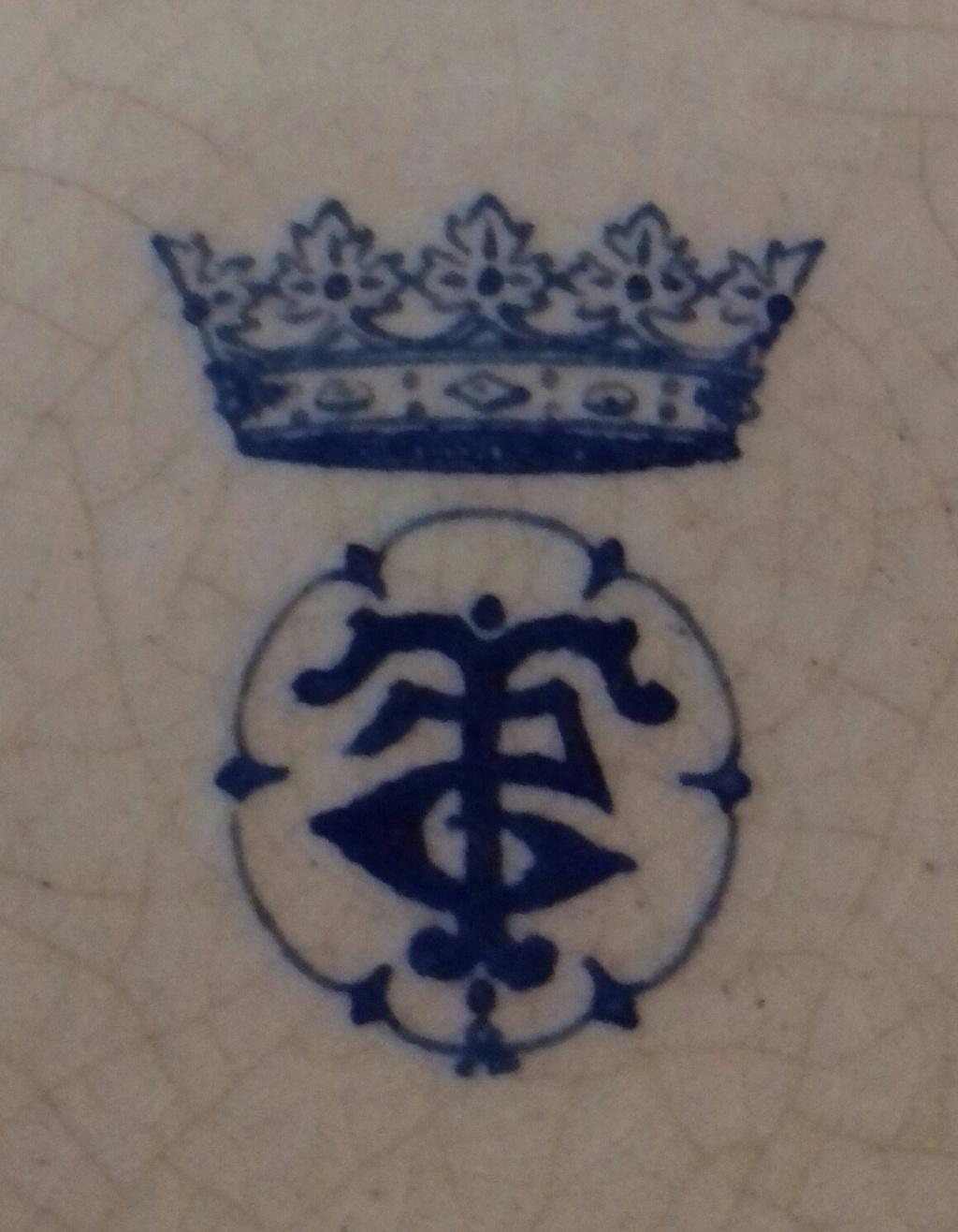BROWN PINK TEAPOT SILVER RIM Mark under blue Crown T reverse 5 in circle 20210620