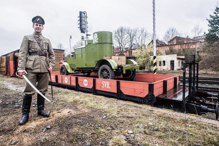 Train blindé Orlik des légions tchéques WW1, papier+Märklin - Page 6 Austin11