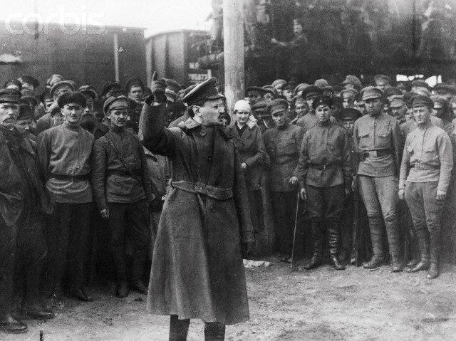 Train blindé Orlik des légions tchéques WW1, papier+Märklin Leon-t10