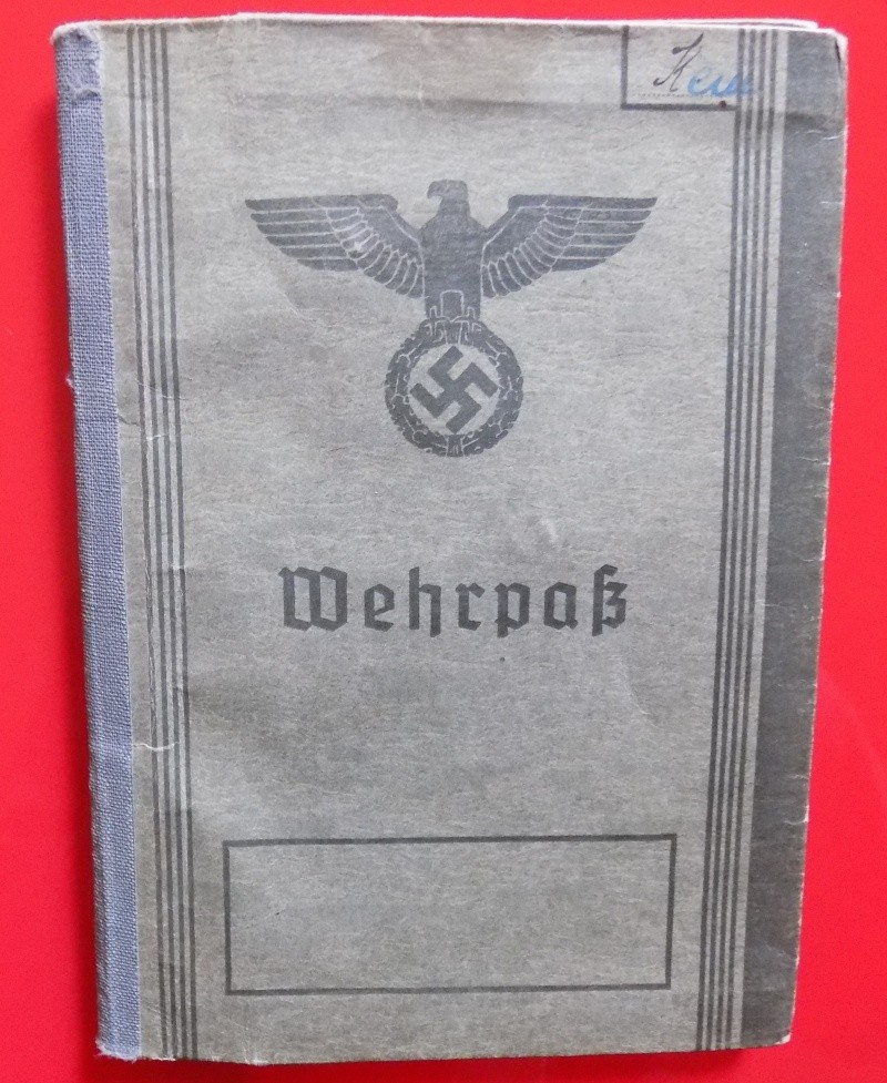 Vos livrets militaires allemands WWII (Soldbuch, Wehrpass..) / Heer-LW-KM-SS... - Page 3 Lening10