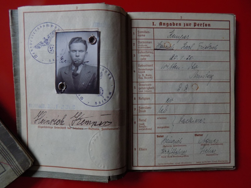 Vos livrets militaires allemands WWII (Soldbuch, Wehrpass..) / Heer-LW-KM-SS... - Page 3 Lening12