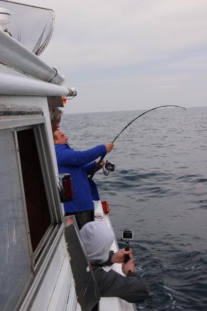 Compte rendu de notre sortie de pêche au thon Img_7710