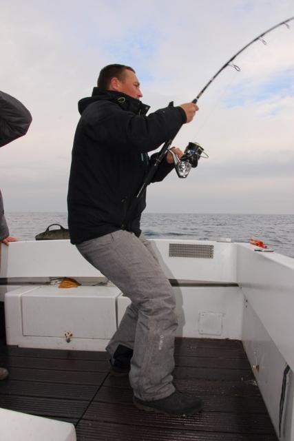 Compte rendu de notre sortie de pêche au thon Img_7912