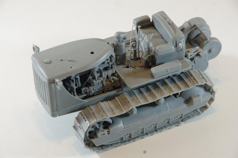 Miniart US tractor D7N 1/35 Imgp6632