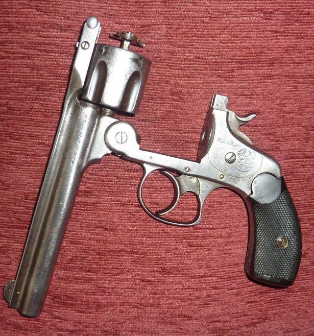 panorama des armes de poing réglementaires en categorie D  - Page 2 Polici10