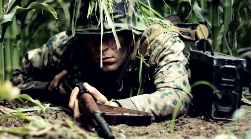 Waffen brüder (frères d'armes) Ss_mov10