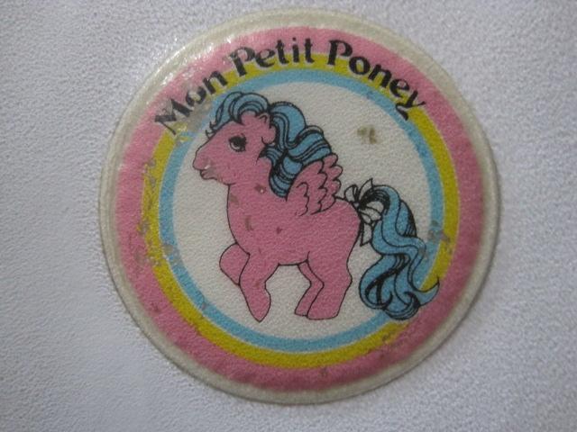 Stickers vendu avec les petits poneys  Img_0911