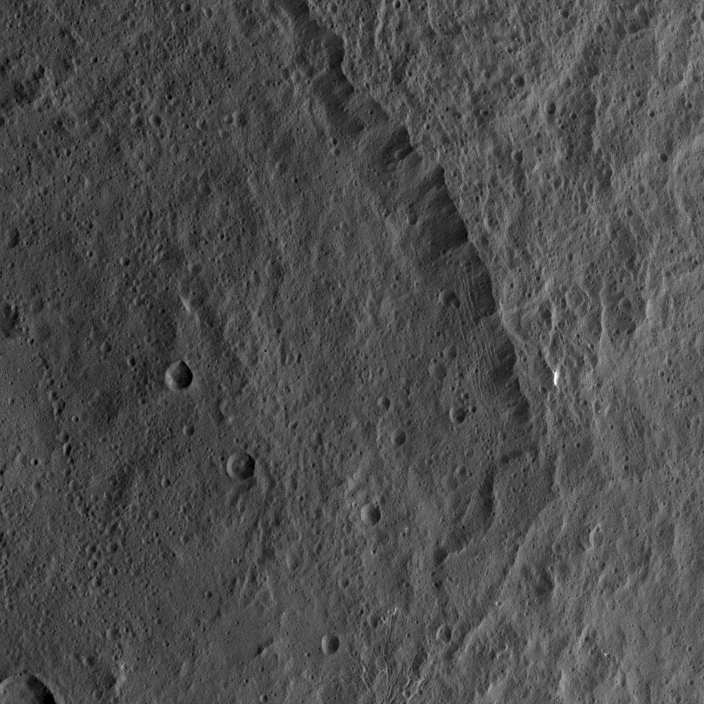 Mission Dawn/Ceres - Page 3 Pia20110