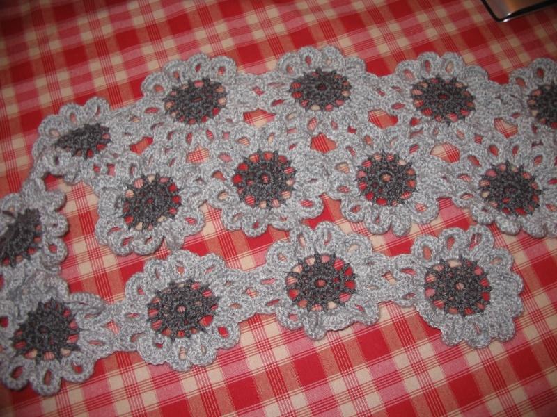 mon écharpe fleurs Img_1215