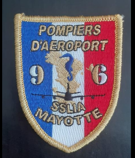 POMPIERS AEROPORT DE MAYOTTE . Captur17