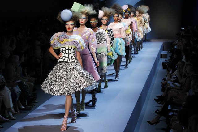 Défilé de Mode. Nouvelle Egérie Hantise. 45926810