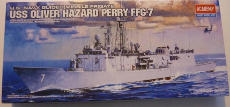 USS Oliver Hazard Perry FFG-7 1/350 - Academy - par Gomick Boite10