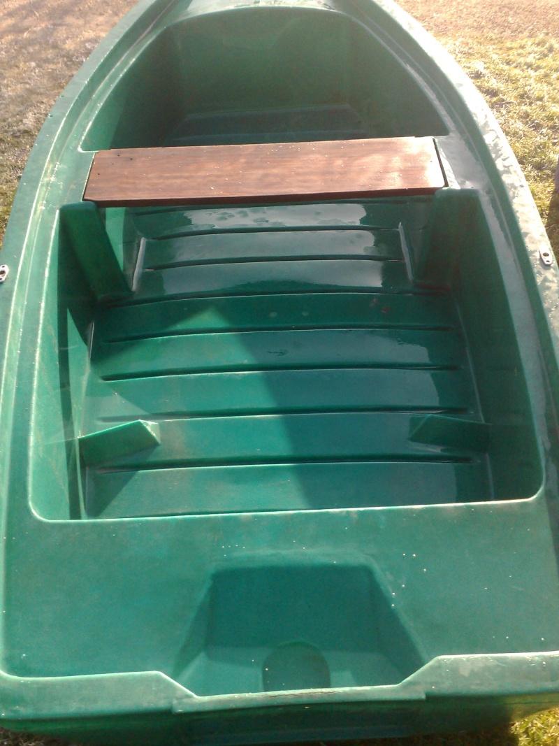 """mon """"mini silure boat"""" 12012011"""