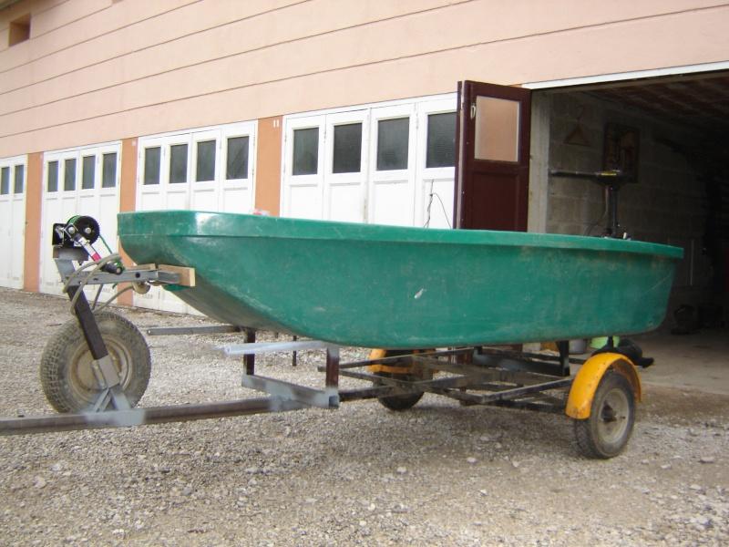 """mon """"mini silure boat"""" Dsc04910"""