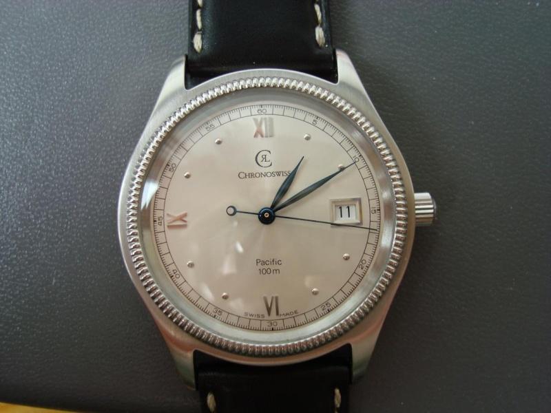 Feu de vos montres à aiguilles bleues Chrono10