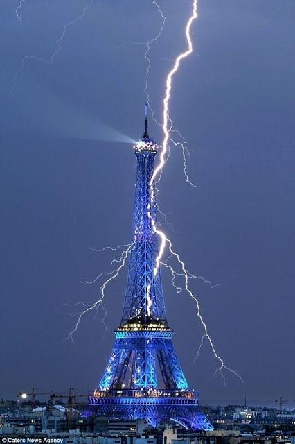 que se passe t-il à Paris en marge du match France-Allemagne? MULTIPLES EXPLOSIONS SIGNALEES. Attentat? - Page 2 Paris_35