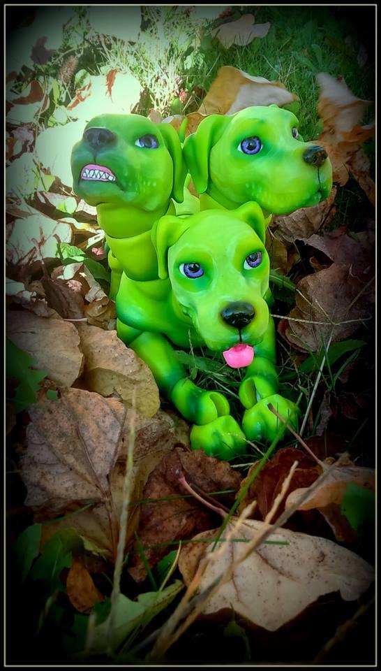 V : Dollbears / cerbère / dragon 11205610