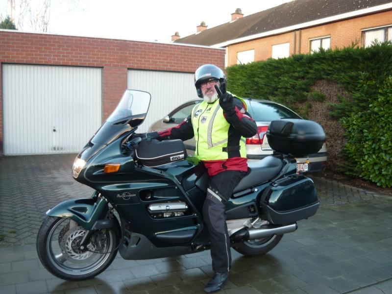 moto......  ( y a pt ben des motards sur le forum ??  ) P1240820