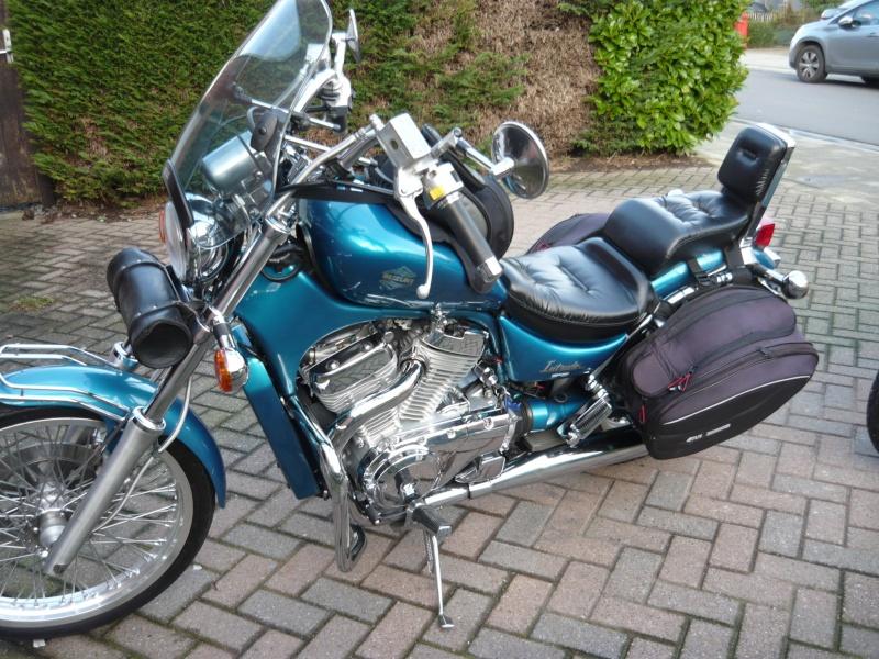 moto......  ( y a pt ben des motards sur le forum ??  ) P1240910