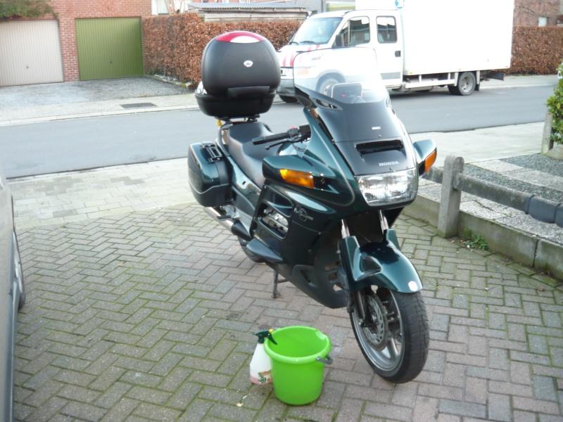 moto......  ( y a pt ben des motards sur le forum ??  ) P1250010