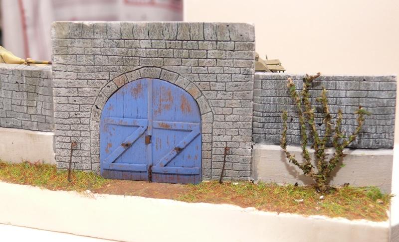 Diorama pour un Pacific M26 Dragon Wagon - Academy - 1/72 - Page 3 P1130920