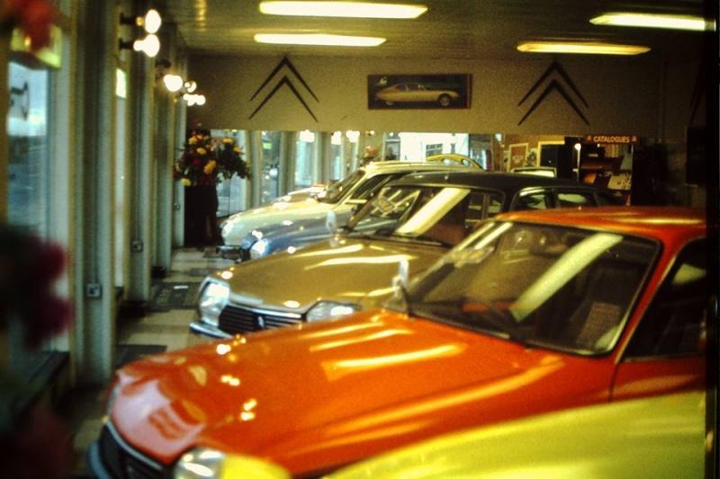 """Garages des années 70 """"hauts en couleurs"""" !!! ( photos, vidéos ) 8197_110"""