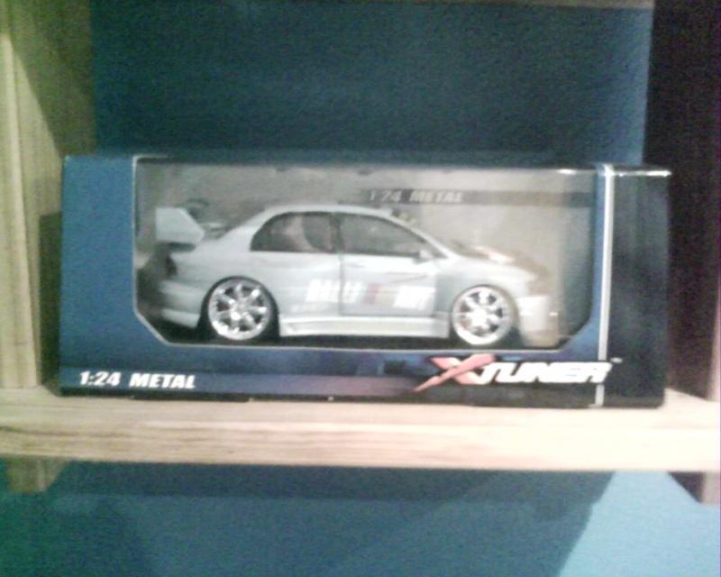 collectionneur de voitures miniatures Img01010