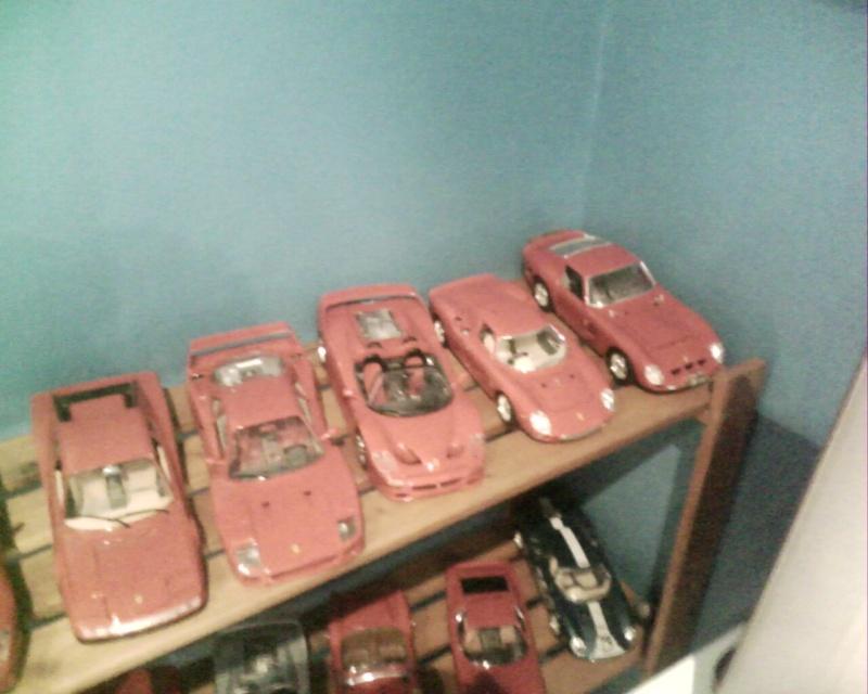 collectionneur de voitures miniatures Img01023