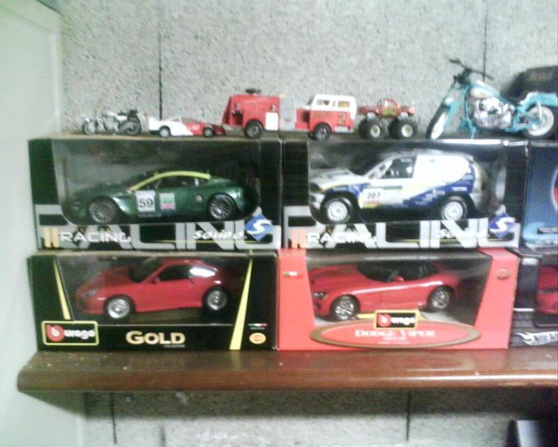 collectionneur de voitures miniatures Img01116