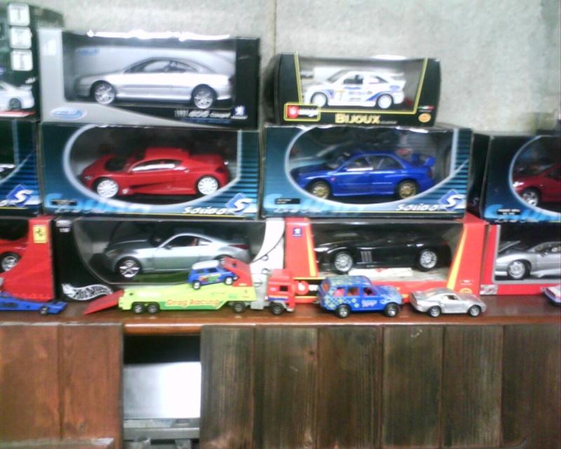 collectionneur de voitures miniatures Img01118