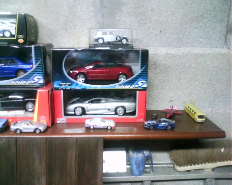 collectionneur de voitures miniatures Img01119