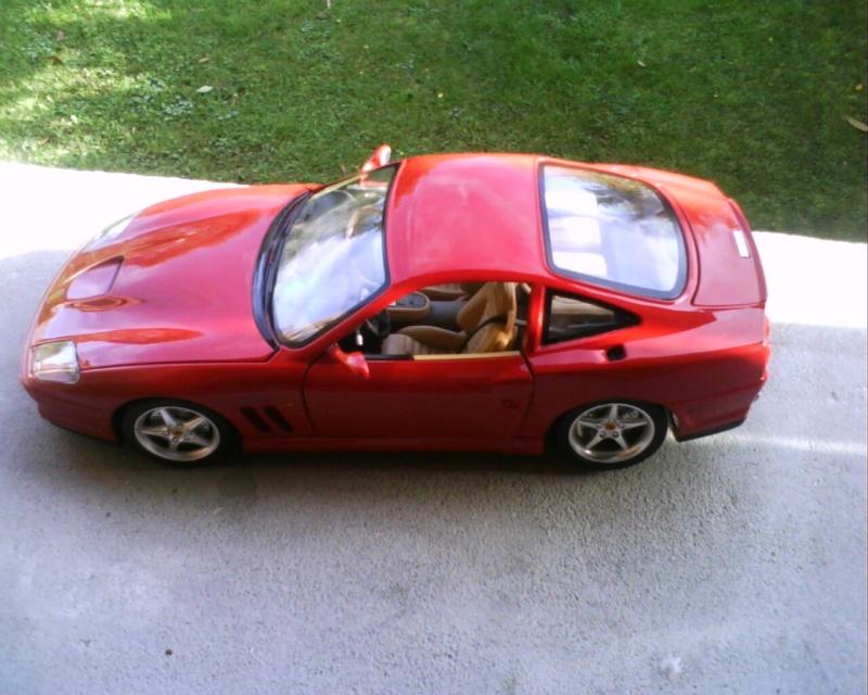 collectionneur de voitures miniatures - Page 2 Img01210