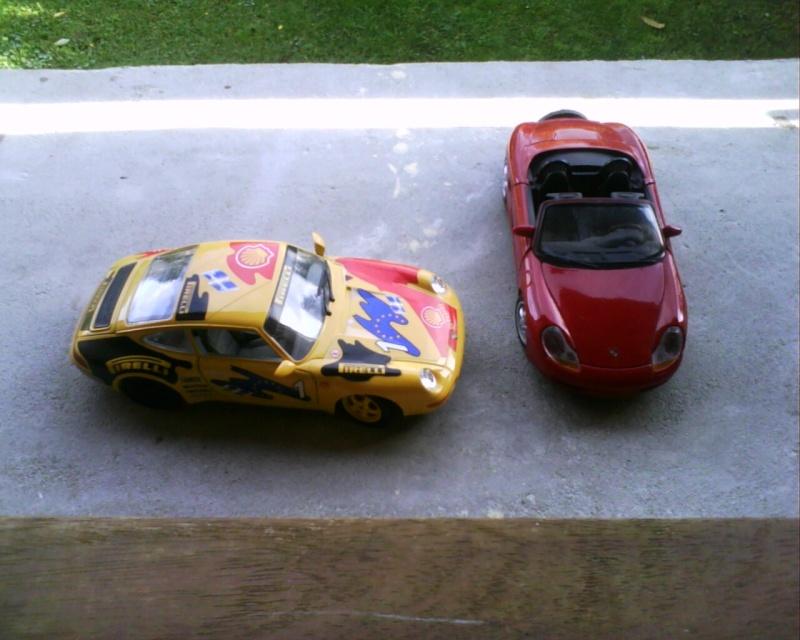 collectionneur de voitures miniatures - Page 2 Img01315