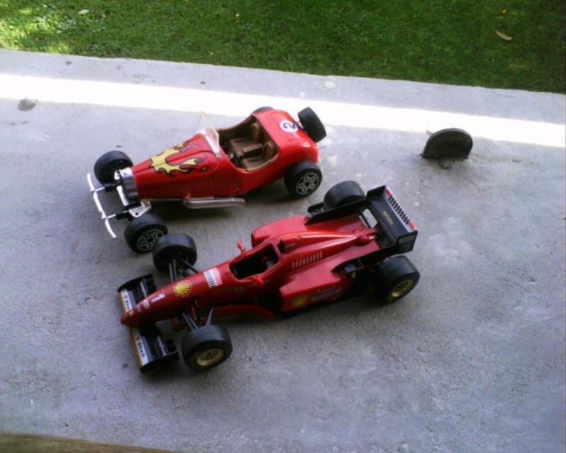 collectionneur de voitures miniatures - Page 2 Img01318