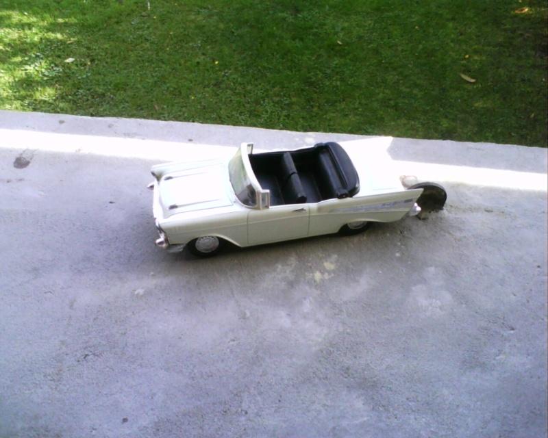 collectionneur de voitures miniatures - Page 2 Img01319