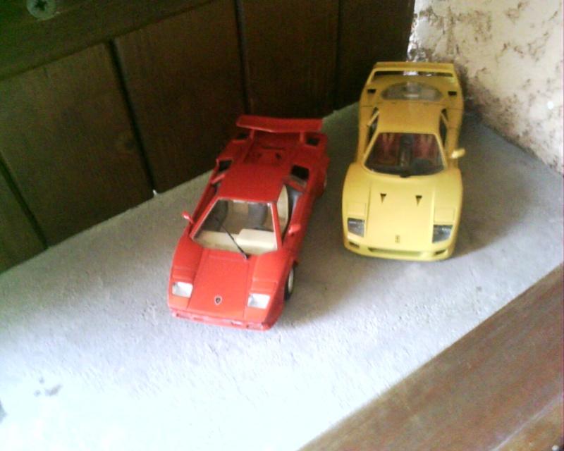 collectionneur de voitures miniatures - Page 2 Img01410