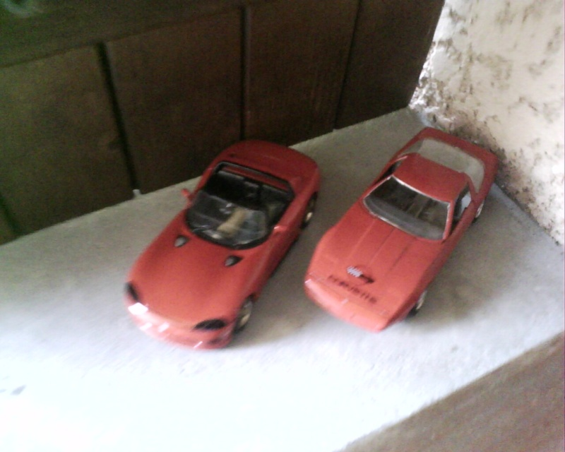 collectionneur de voitures miniatures - Page 2 Img01411