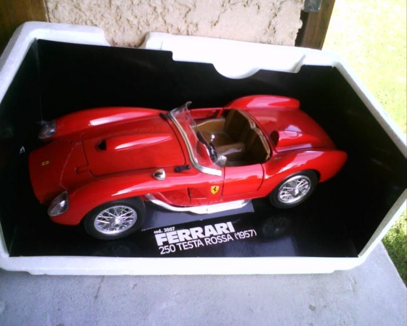 collectionneur de voitures miniatures - Page 2 Img01415